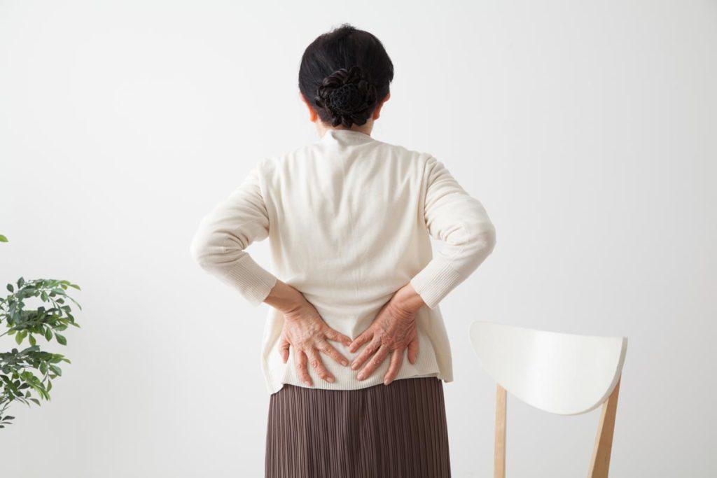 骨盤の歪みは体の不調につながる?